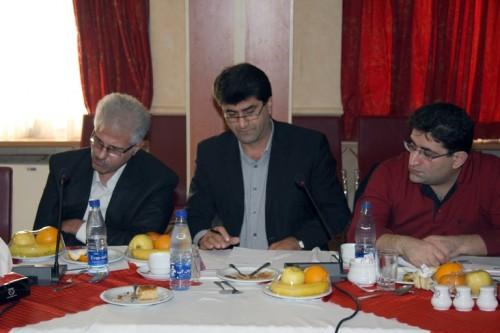 شورای هماهنگی انجمنهای پزشکان عمومی ایران، شیراز 1390، از چپ: دکتر فتحی، دکتر شهریزاد، دکتر جوزی